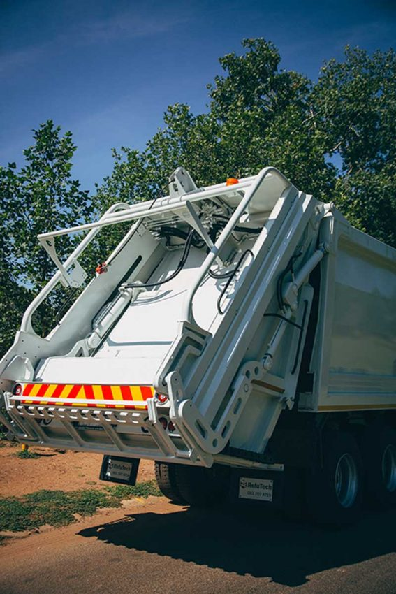 RefuTech Bin-Lifter | Refuse Removal Equipment